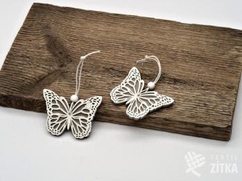 Motýl dřevěný