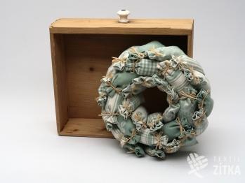 Věnec z pytlíčků - starozelená