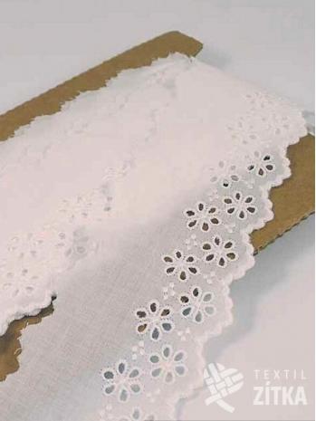 Vyšívaná krajka madeira bílá 57 mm