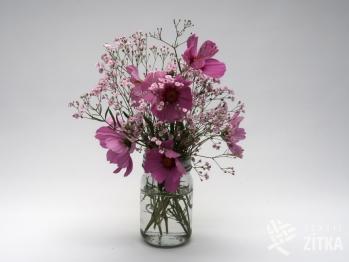 Váza s víčkem