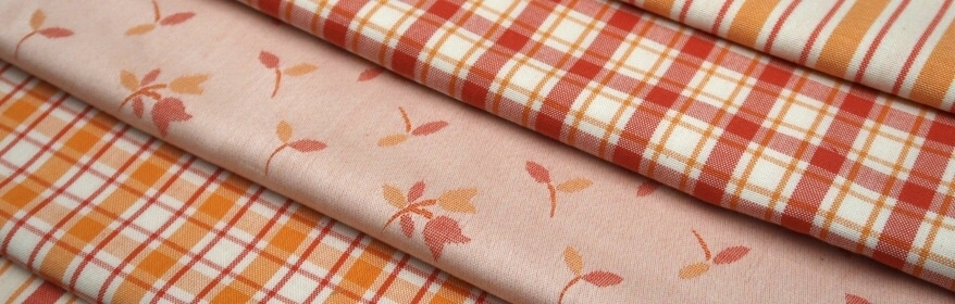 Oranžovo - oranžová