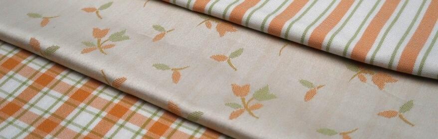 Oranžovo - zelinkavá